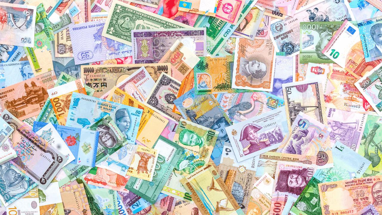 複数の国の紙幣