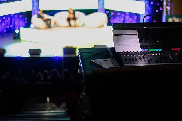 テレビ番組スタジオ